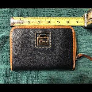 Dooney and Bourke zip around wallet